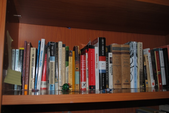 I was glad for people to peruse my bookshelves. It would be the first thing I'd do in THEIR homes!