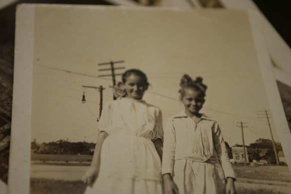Rheba on the left, with my grandmother Blanche.